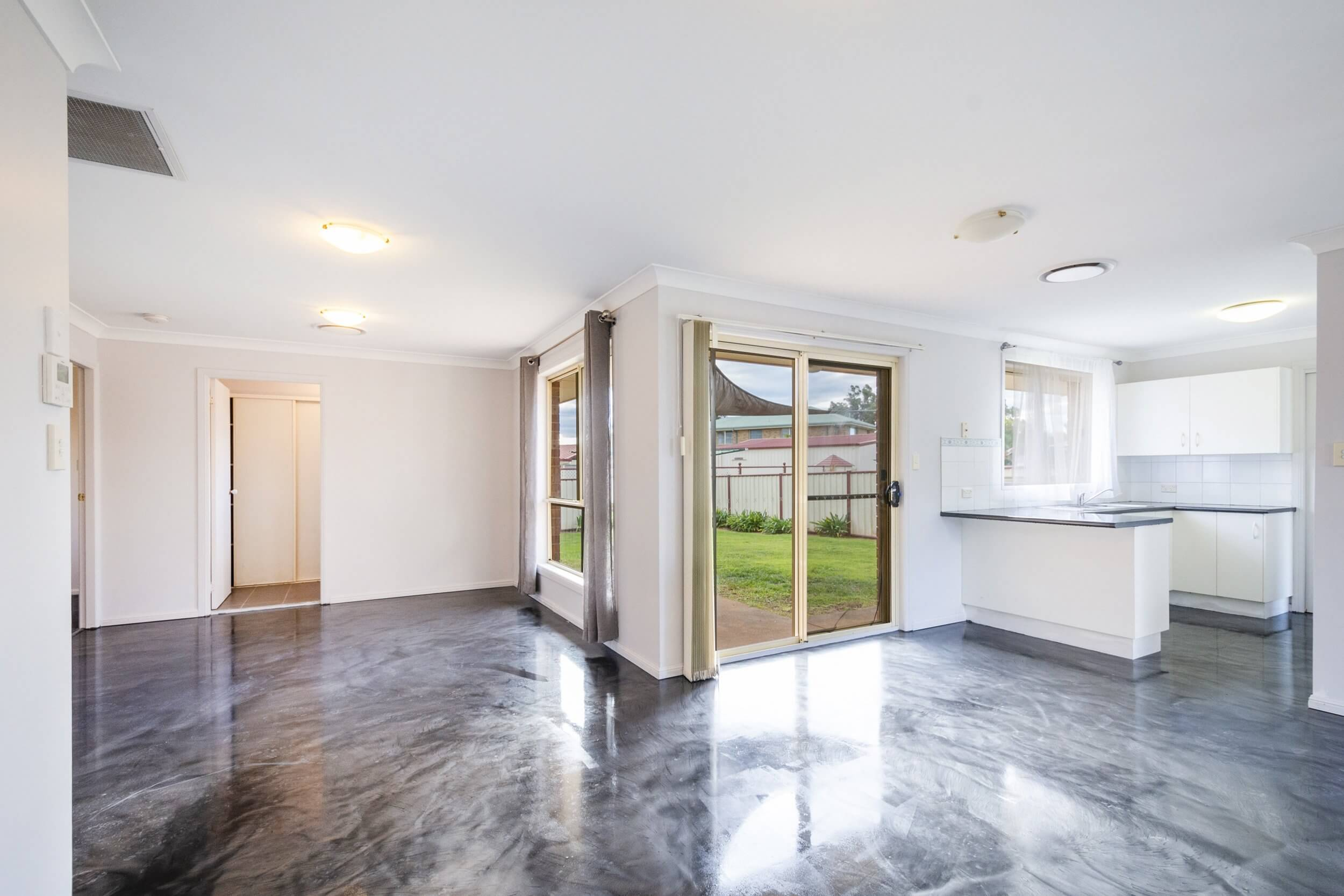 Polished Concrete Floors vs Traditional Flooring
